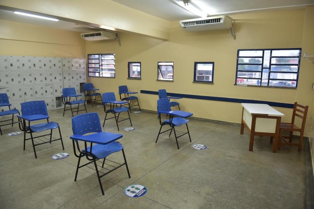 Governo do Amazonas anuncia data de retorno das aulas presenciais na rede pública estadual