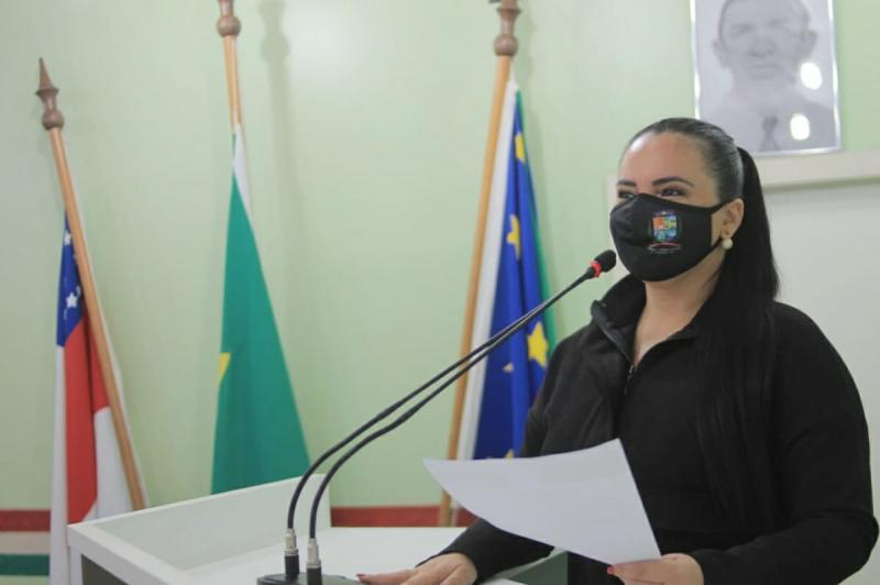 Vereadora Vanessa defende educação e infraestrutura para São Tomé e Terra Preta