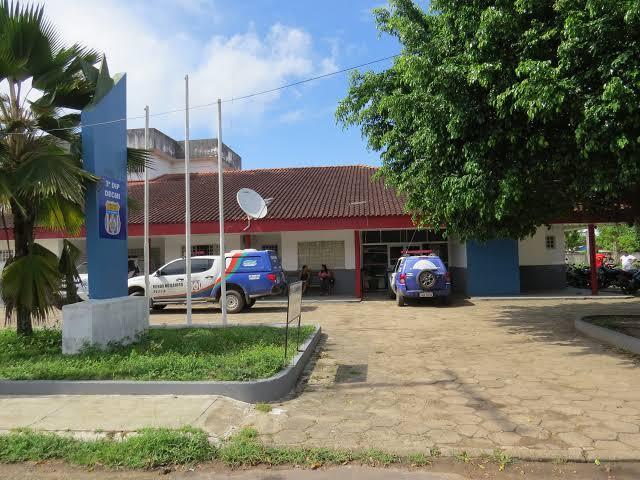 Homem é preso pela PM acusado de estupro de vulnerável no Caburi, zona rural de Parintins