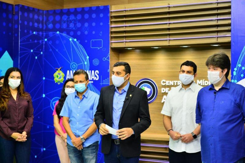 Wilson Lima anuncia que servidores da educação terão acesso a plano de saúde no interior do Amazonas