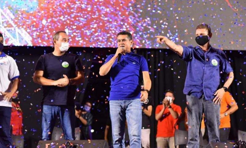 Em convenção drive-in, Avante confirma candidatura de David e Rotta à prefeitura de Manaus