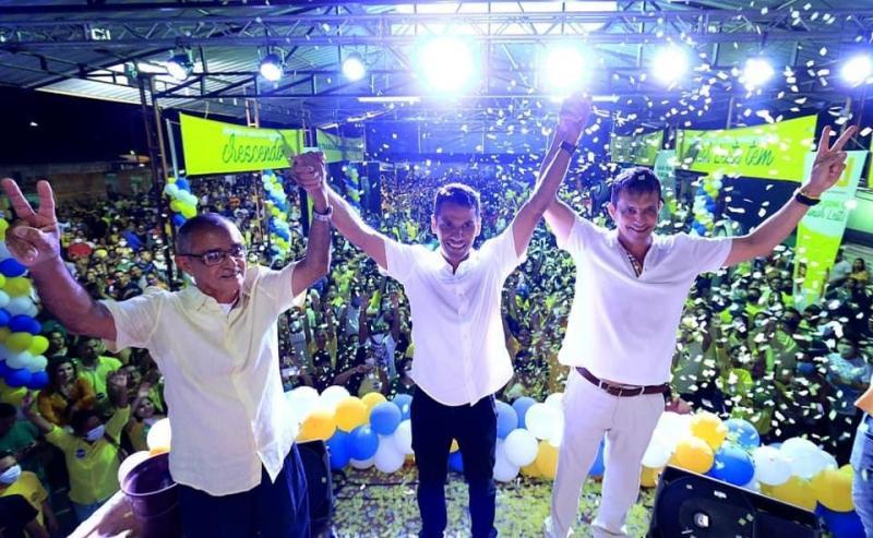 Em convenção, Júnior Leite anuncia Sérgio Mazzini como vice nas eleições em Maués