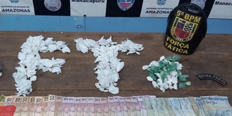 Suspeito de tráfico é preso com dinheiro e drogas em Manacapuru