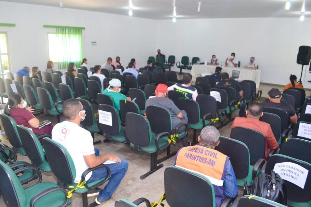 Parintins apresenta crescimento no número de internados após desobediência de medidas de combate à Covid-19