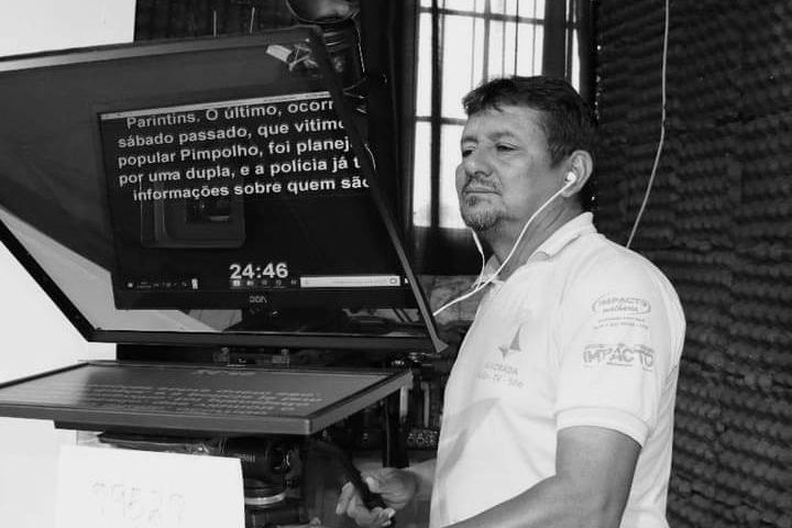 Morre o cinegrafista da TV Alvorada, Altair Costa, aos 54 anos, vítima da Covid-19