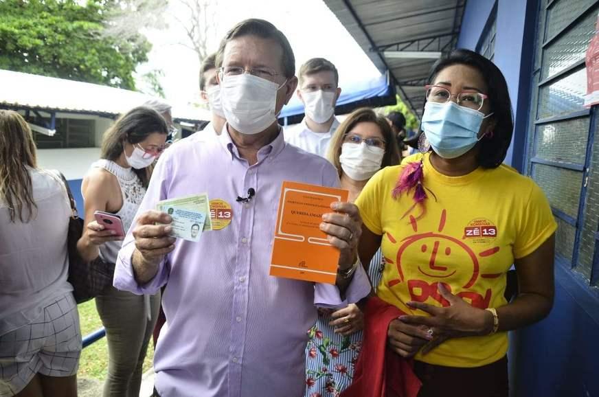Zé Ricardo afirma que não apoiará nenhum candidato no segundo turno em Manaus