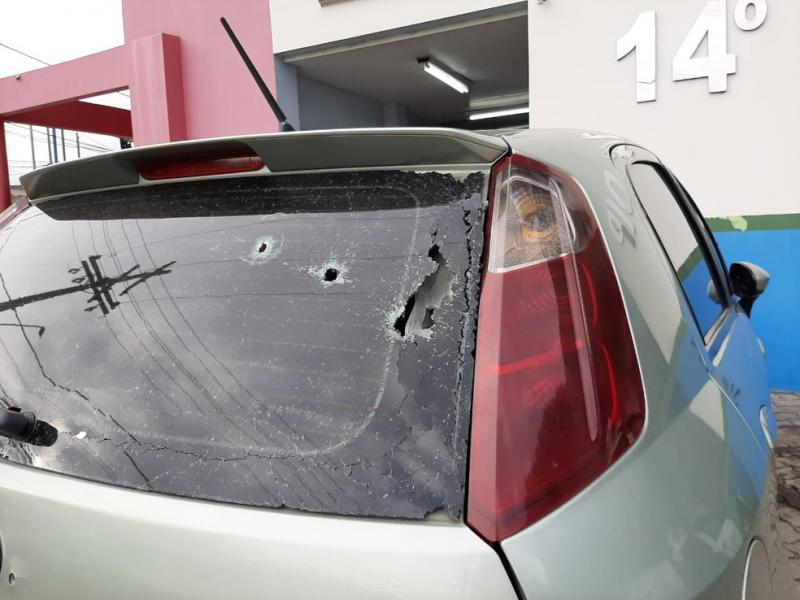 Motorista de aplicativo e passageiros são baleados em comunidade de Manaus