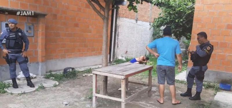 Homem se passava por mulher nas redes sociais e atraía adolescentes em Manaus