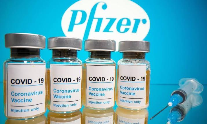 Reino Unido aprova vacina da Pfizer e BioNTech e vacinação iniciará na próxima semana