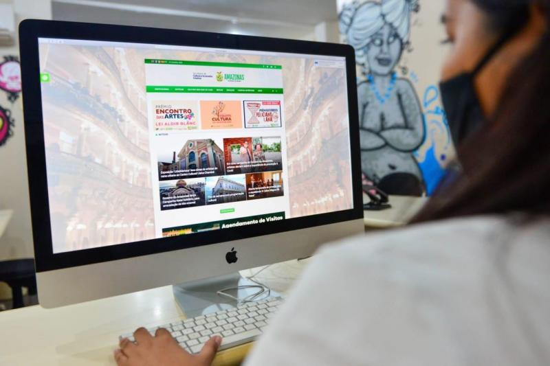 Governo do Amazonas inicia repasse aos contemplados no edital 'Prêmio Feliciano Lana'