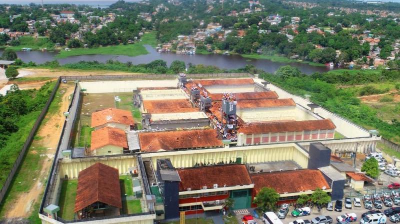 Presos fogem da Unidade Prisional do Puraquequara, em Manaus