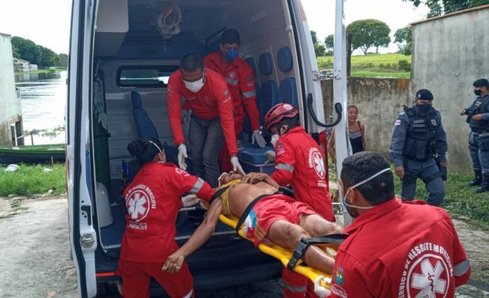Homem é morto a tiro na beira do lago do Macurani, em Parintins