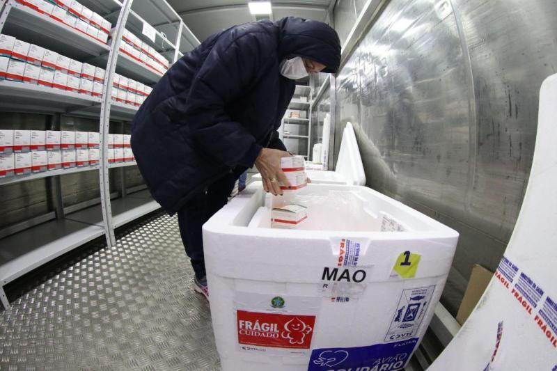 Covid-19: Amazonas alcança meta de vacinação da primeira dose em trabalhadores da saúde e pessoas de 60 a 64 anos