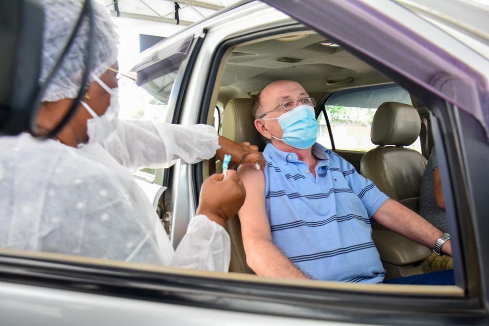 Manaus inicia vacinação contra a Covid-19 de pessoas de 59 anos com outras doenças preexistentes