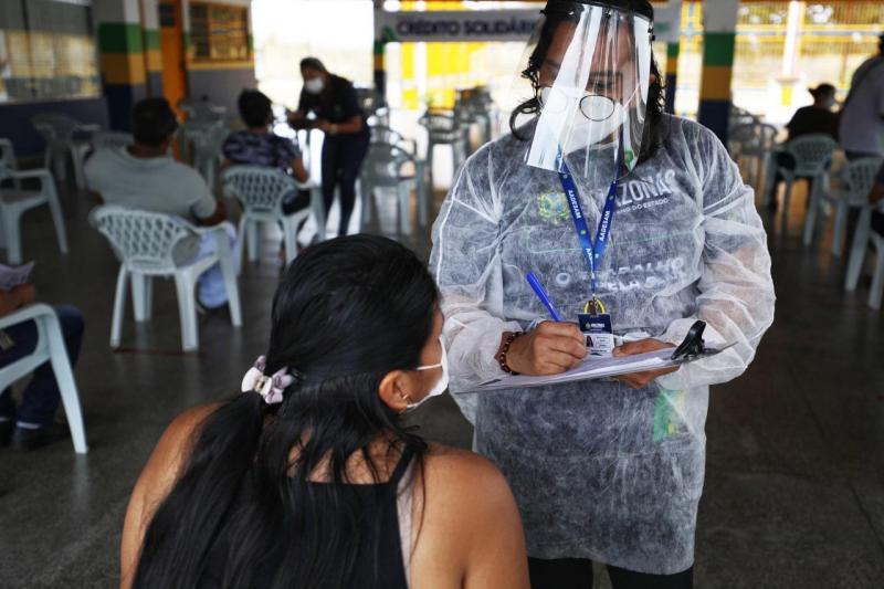 Governo do Amazonas inicia atendimentos para disponibilizar R$ 400 mil a trabalhadores informais