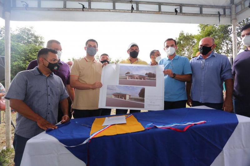 Saullo Vianna destina emendas para Educação de Parintins e reforça compromisso com região do Baixo Amazonas