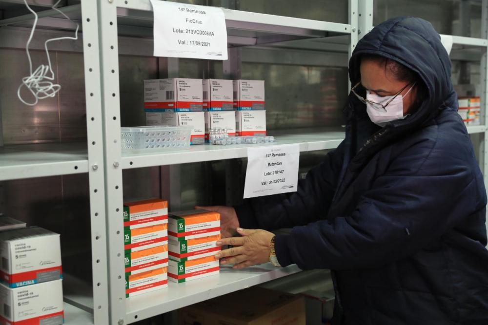 Governo do Amazonas recebe mais 7 mil doses de vacina contra a Covid-19