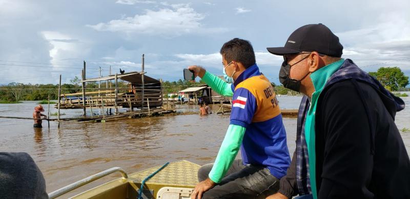 Secretaria de Produção e Defesa Civil vistoriam impactos da enchente na várzea de Parintins
