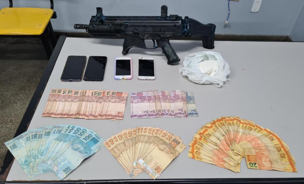 Mandante de ataques em Manaus, traficante Breno, é preso com submetralhadora