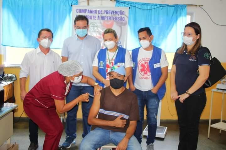 Em Parintins, vacinação para adultos entre 39 e 35 anos iniciou nesta segunda-feira (07)