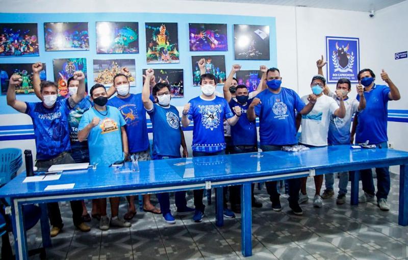 Boi Caprichoso convoca artistas azulados para a apresentação no Bumbódromo