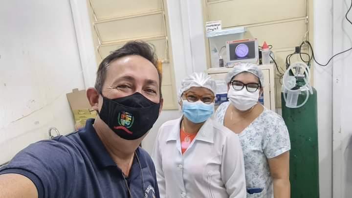 Vereador Babá Tupinambá destaca ações de prevenção e vacinação contra a Covid 19 adotadas em Parintins