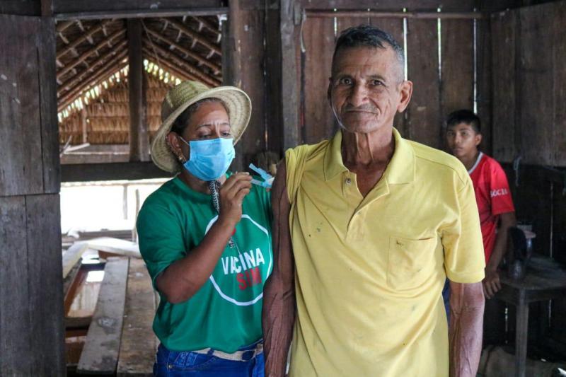 Prefeitura de Barreirinha encerra vacinação para ribeirinhos do município