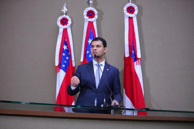 Deputado Saullo Vianna apresenta emenda que reduz percentual de contrapartida em convênios firmados entre Estado e municípios