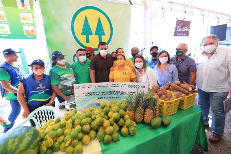 Em Manacapuru, Wilson Lima anunciou para setembro pagamento da subvenção da juta e da malva