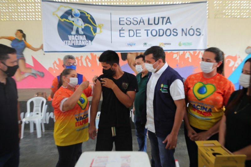Wilson Lima destaca que 53 municípios vacinam toda população adulta com apoio do Governo do Amazonas