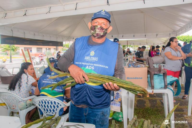 Em Nhamundá, Prefeitura realiza 2ª edição da Feira do Produtor Rural