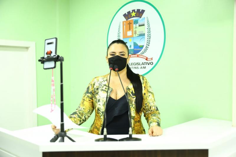 Agosto Lilás: Vereadora Vanessa Gonçalves ressalta leis de proteção às mulheres