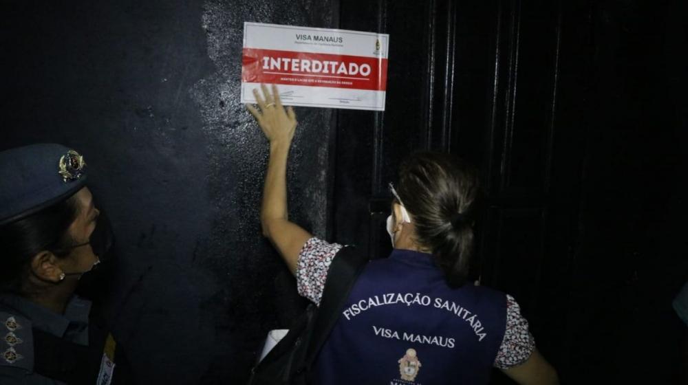 CIF autua quatro estabelecimentos e encerra duas festas clandestinas no final de semana, em Manaus