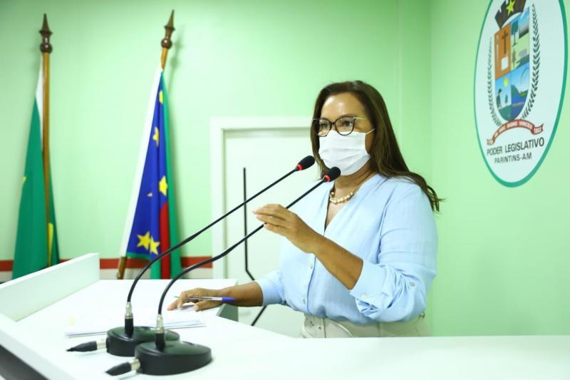 Márcia Baranda destaca instalação de UTIs, solicita apoio psicológico aos enlutados da COVID e construção de CRAS