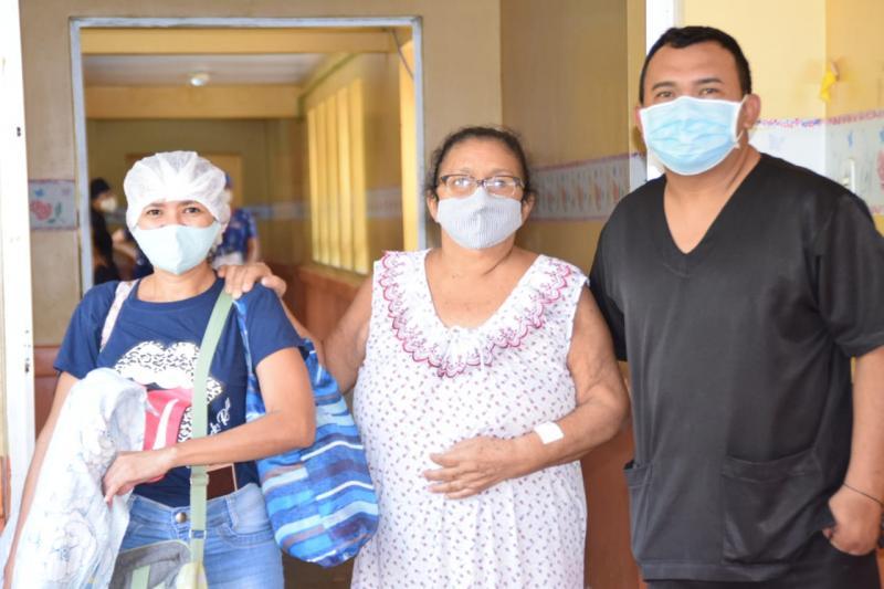 Pacientes destacam felicidade em participar de jornada de cirurgia ginecológica, em Parintins