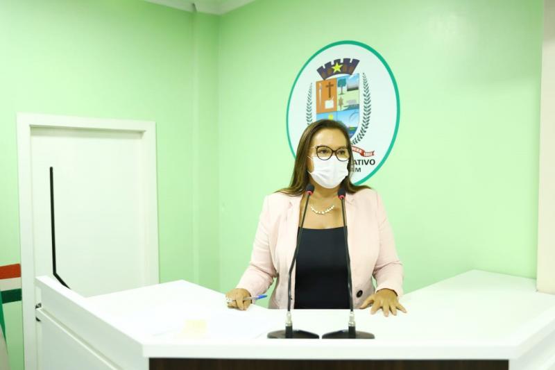 Márcia Baranda defende implantação da Casa da Mulher Brasileira para humanizar atendimento às vítimas de violência