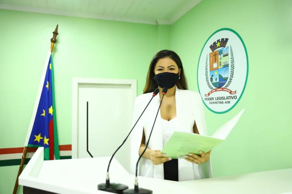 Vereadora Brena Dianná solicita informações acerca dos recursos repassados pelo Fundo Nacional de Saúde para o Município e tem requerimento negado por demais vereadores