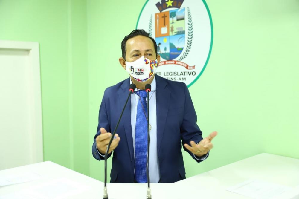 Vereador Babá Tupinambá questiona realização de Concurso Público da Prefeitura de Parintins
