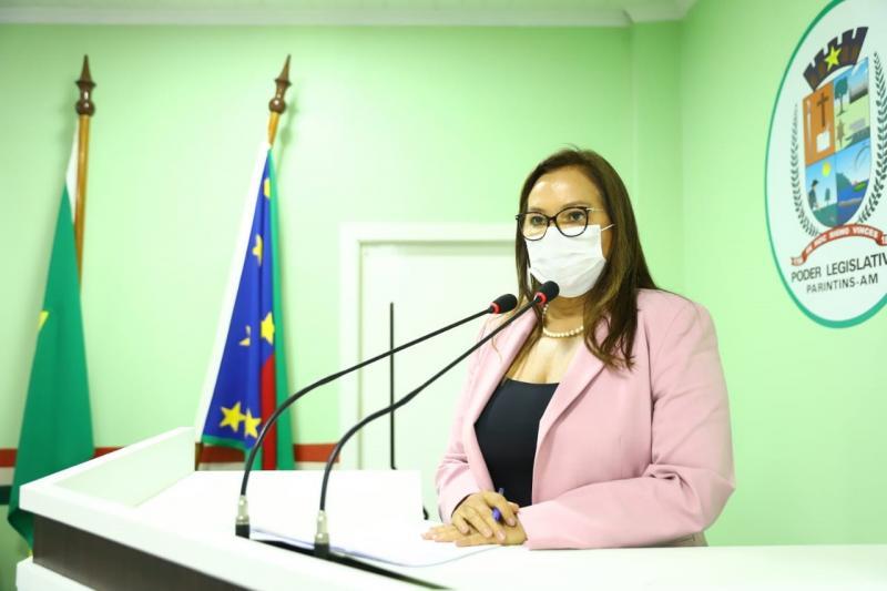 Projeto de Lei apresentado por Márcia Baranda propõe inclusão e emprego a cidadãos em vulnerabilidade: mulheres em situação de violência e LGBTQIA+