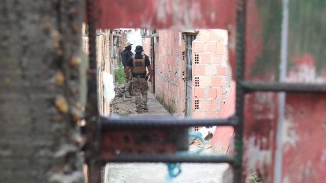 Nove são presos e drogas são apreendidas em operação policial em Manaus e Iranduba
