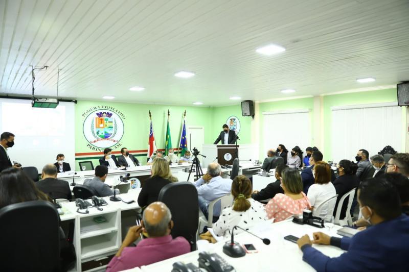 Câmara de Parintins discute o fechamento do Hospital Padre Colombo e os impactos à população