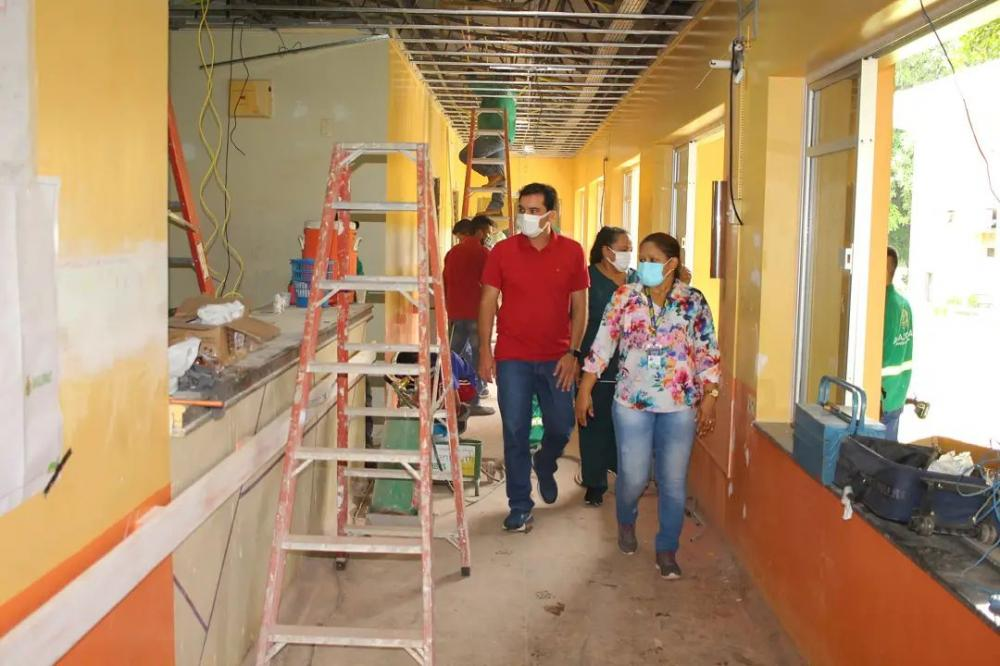 Mateus Assayag visita Jofre Cohen e exalta empenho dos profissionais de saúde
