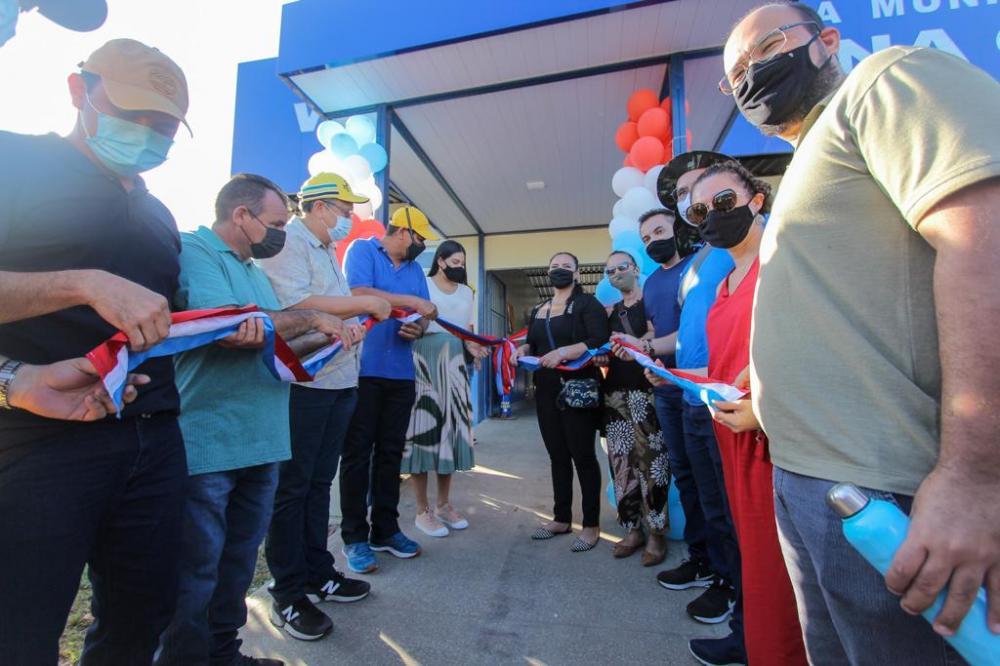 Prefeito Bi Garcia reinaugura Centro de Saúde e realiza série de inaugurações na região do Caburi
