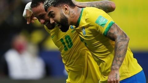 Brasil goleia Uruguai em jogo de 4 a 1, na Arena da Amazônia, em Manaus