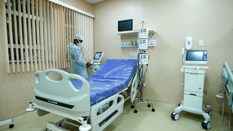 Primeiros pacientes são atendidos em leitos de UTI de Parintins, implantados pelo Governo do Estado